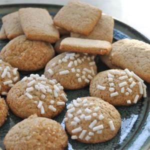 Creme de Cassis Biscuits & Perfect Paris